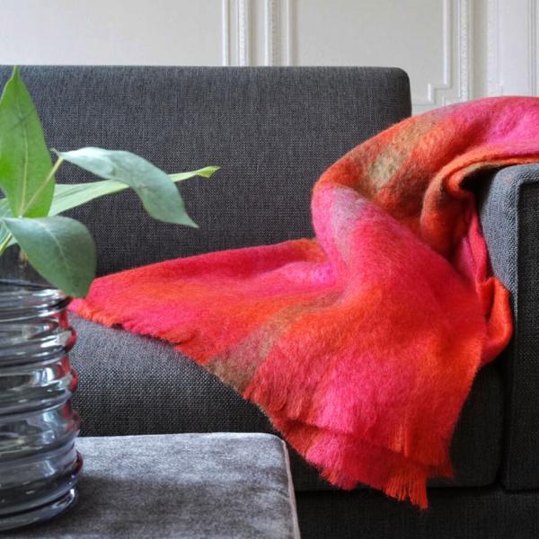 Plaid mohair rood , oranje roze en groen mohair